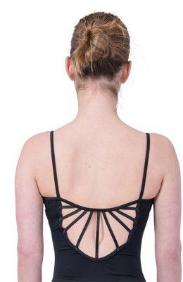 Balletpakje met linten op de rug